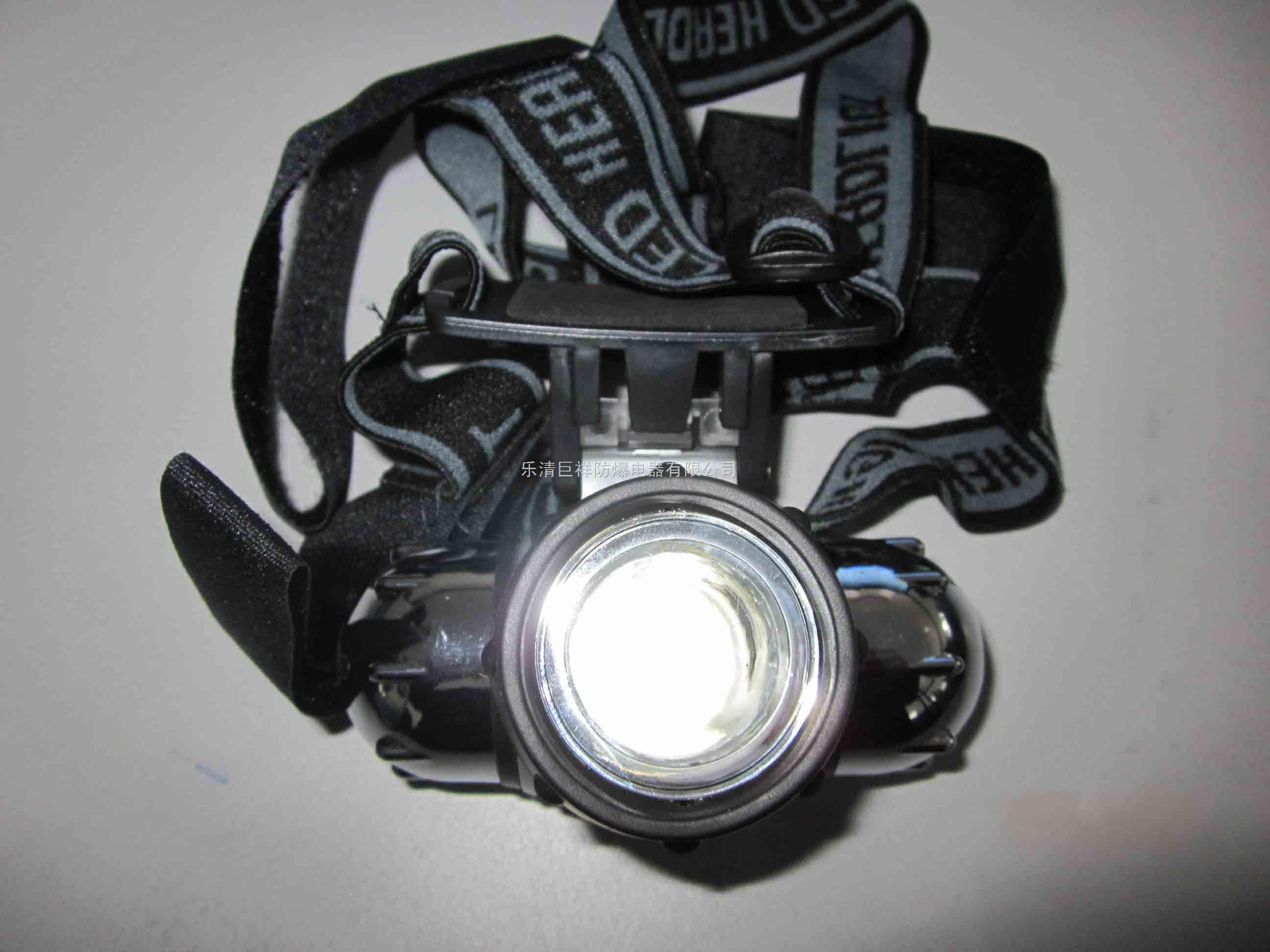 本产品标配1w高亮度led光源,高性能锂电池图片