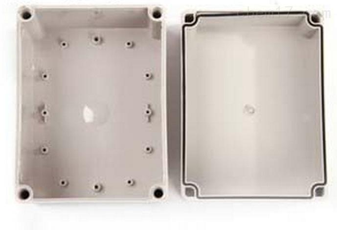 乐清市明舟塑料盒厂专业生产销售各规格塑料接线盒,其中zui常用的规格就有250*150*130mm塑料接线盒280*190*130mm塑料接线盒95*65*55mm塑料接线盒100*100*75mm塑料接线盒。 250*150*130mm塑料接线盒其适应于恶劣工业环境下的电子电气控制设备或各种防自然灾害设备,内可装长宽高小于250*150*130mm透明的电子元器件,如断路器,接触器等产品。 采用台湾进口高强度ABS材料制成,默认规格为灰白色壳体,塑料防尘,抗冲击,耐腐蚀,寿命长,绝缘性能长,易加工。 非